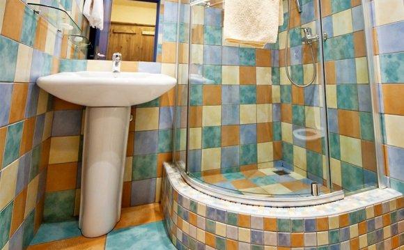дизайн маленькой ванны с